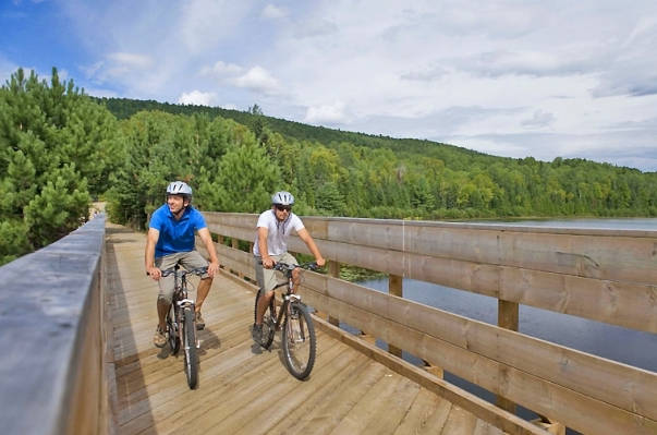 Circuits-velo-vacances-quebec-parc-national-tremblant